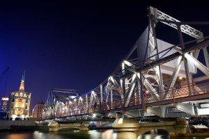 shutterstock_27862561 Tianjin, Iron Bridge